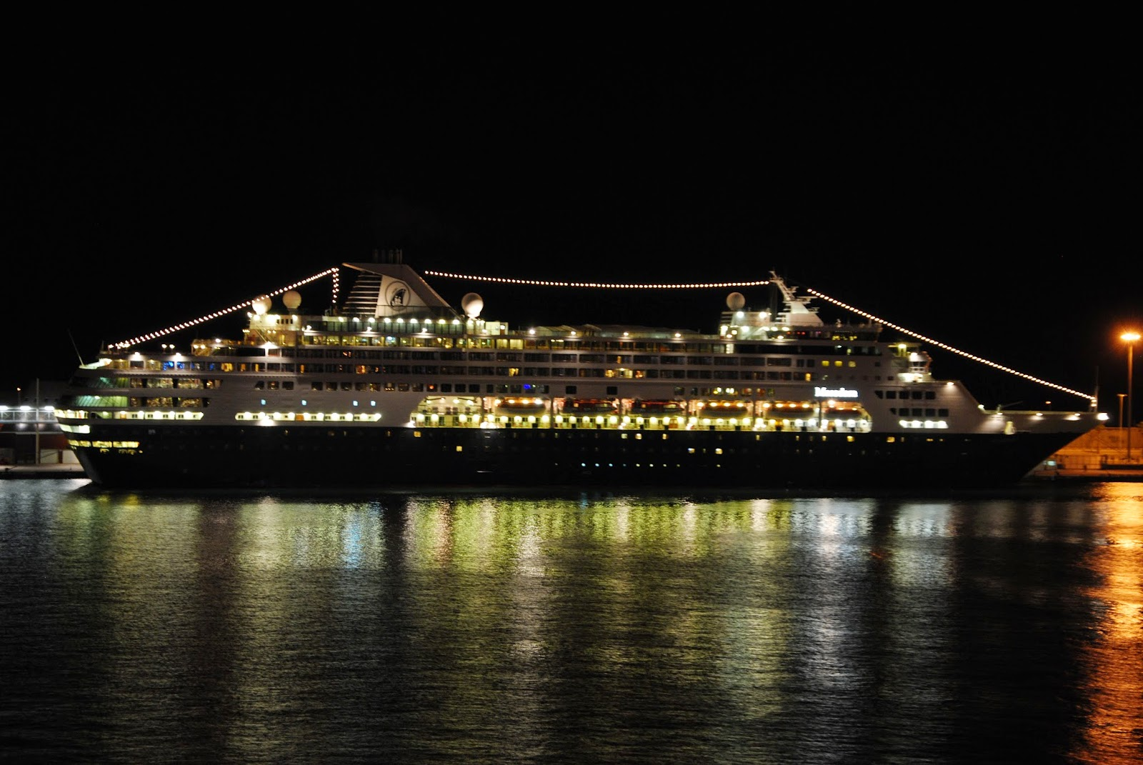 Gallery For Gt Cruise Ship Sinking At Night