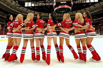 Hot Pose Chicago Blackhawks Cheerleaders