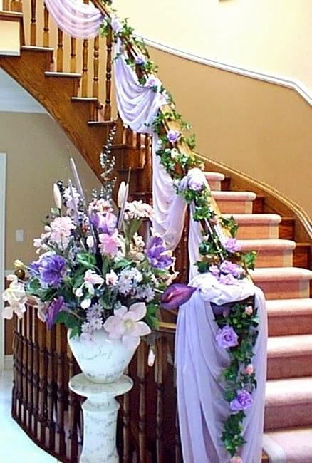 Decorar una escalera para el d a de la boda cr nicas de for Escaleras de adorno