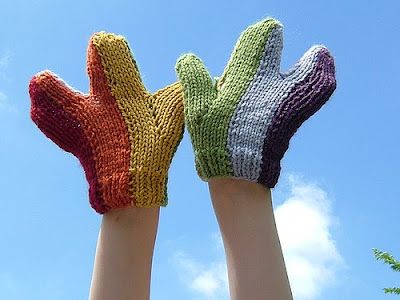 Unusual and Creative Gloves and Mittens (20) 19