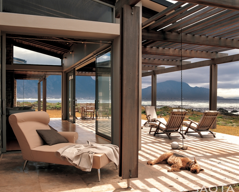 World Of Architecture Rustic Beach House By SAOTA