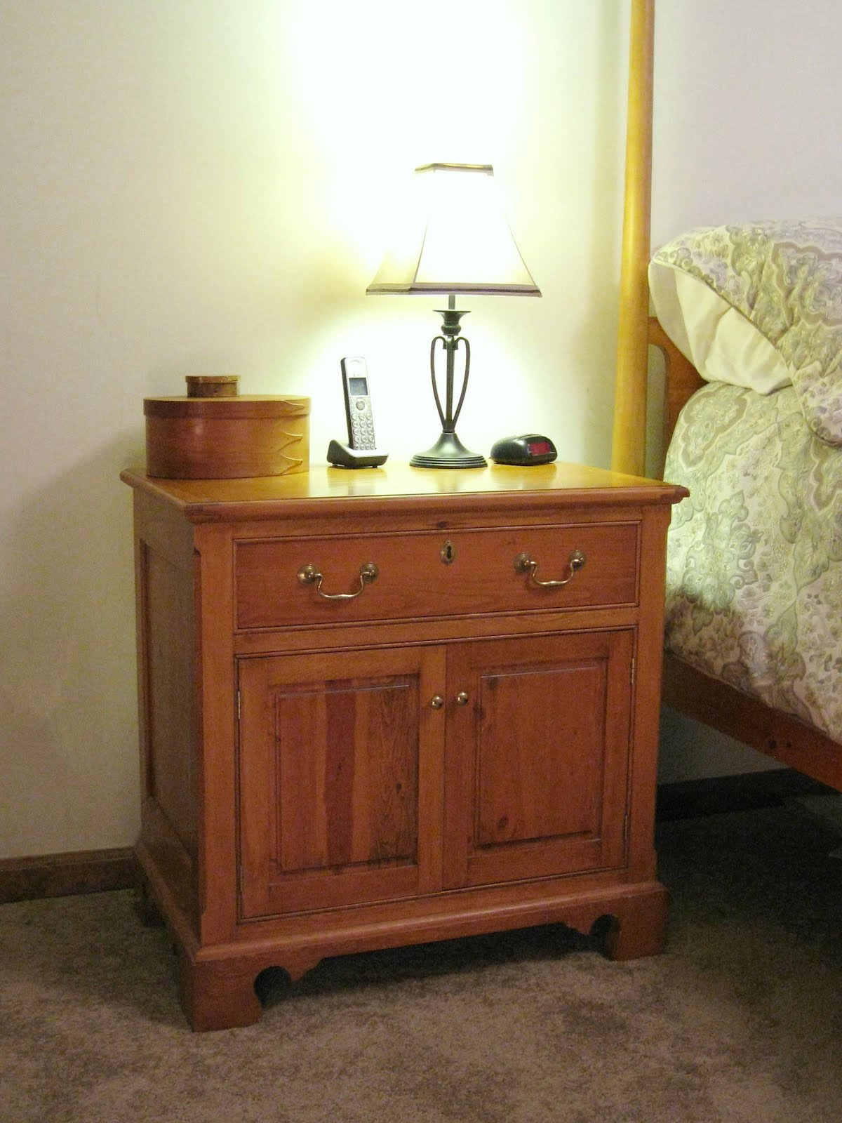 bedside table plans woodworking