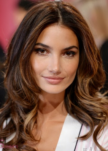 8 amazing hair color with caramel highlights hairstyles hair hair type and skin tone this subtle highlighting technique of only adding in some warmer tones towards the ends of the locks and underneath in a peekaboo pmusecretfo Gallery