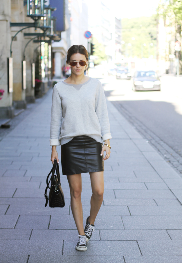 shoe style how to wear a leather mini for fall