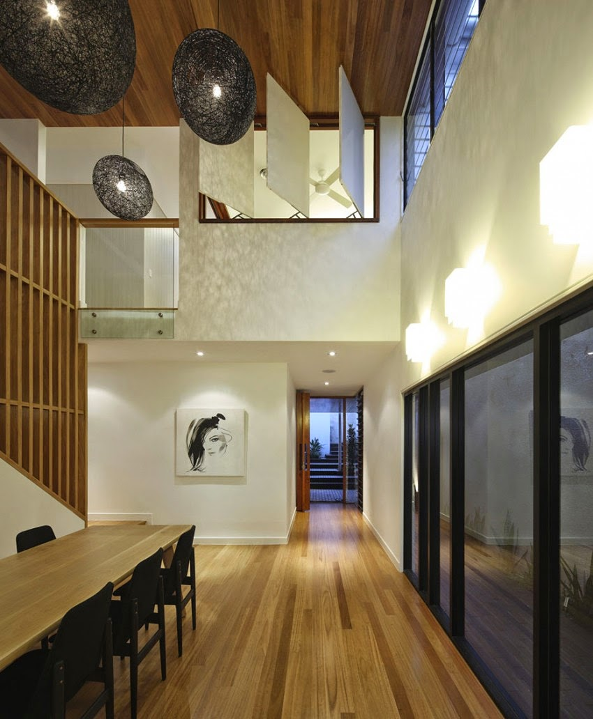 Dynamic Modern Architecture: Imposing Wilden Street House in ...