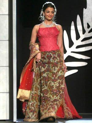 Aishwarya Rai in Pink Top at cannes