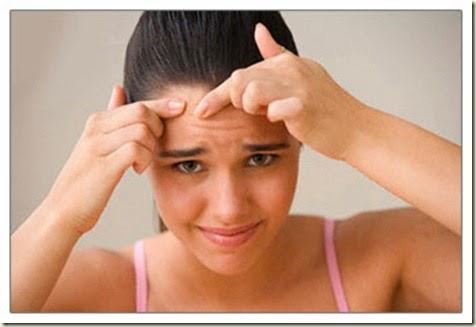hábitos-causan-acné