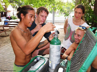PADI IDC Gili Air, Indonesia, October 2012 Emergency Oxygen provider Instructor course