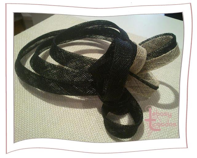 Tocado bicolor, beige y negro, de Lebasy Tocados