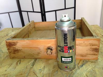 Transformación de una cómoda con pintura en spray y chalkpaint