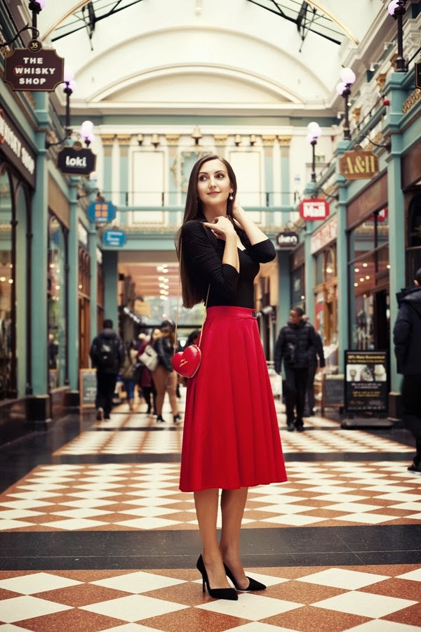 50's look red, midi skirt street style, asos must have