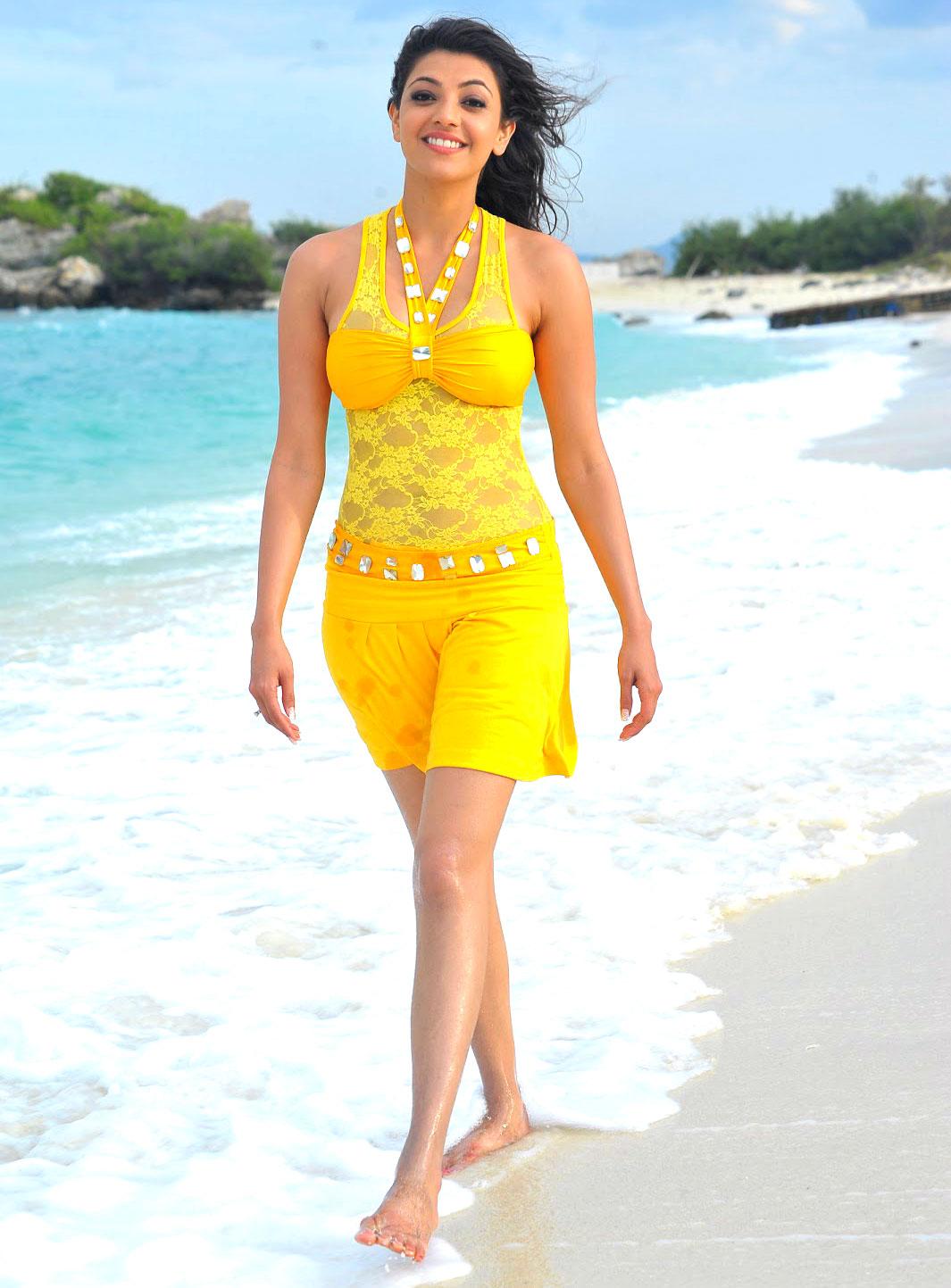 http://1.bp.blogspot.com/-6nRSrlJD07E/T0oyhSfwdgI/AAAAAAAAFL0/HM-Msxkuwqk/s1600/kajal-agarwal-yellow-dress49885858.jpg