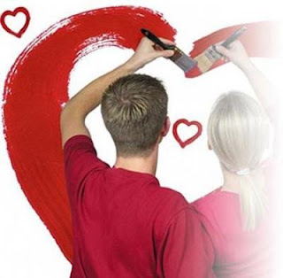 أساليب ونصائح لكي يستمر الحب بين الزوجين  - love paint heart