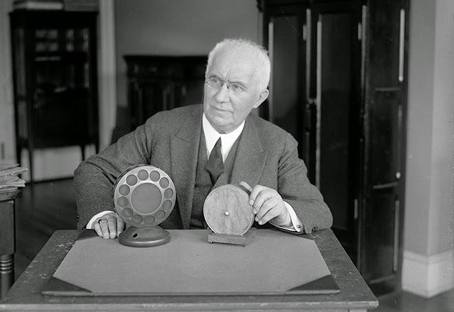 Great Scientist Thomas Edison Photo