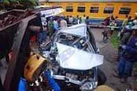 Kereta Api Pasundan vs Carry