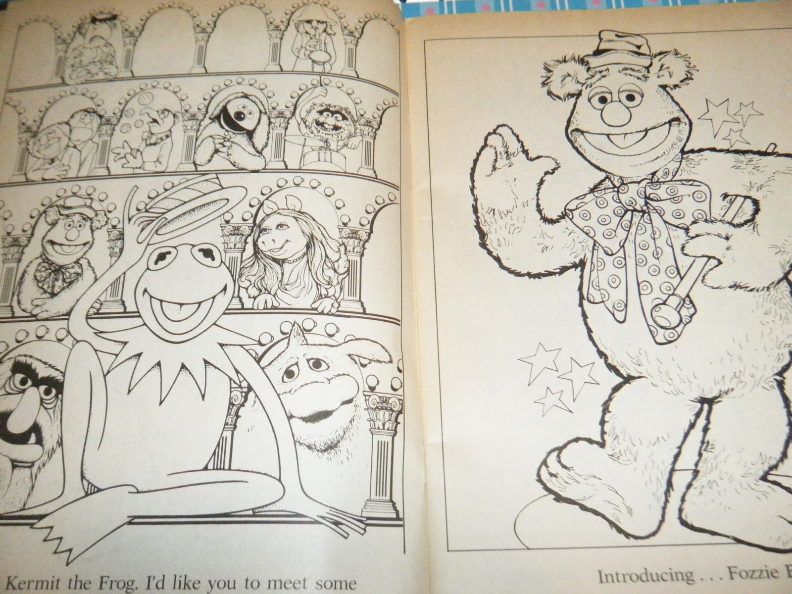 Toy-Addict.com: Coloring Book Showcase - Meet the Muppets 1977