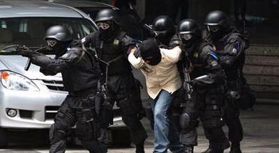 Densus 88 Tangkap Enam Terduga Teroris di Bima, Satu Tewas