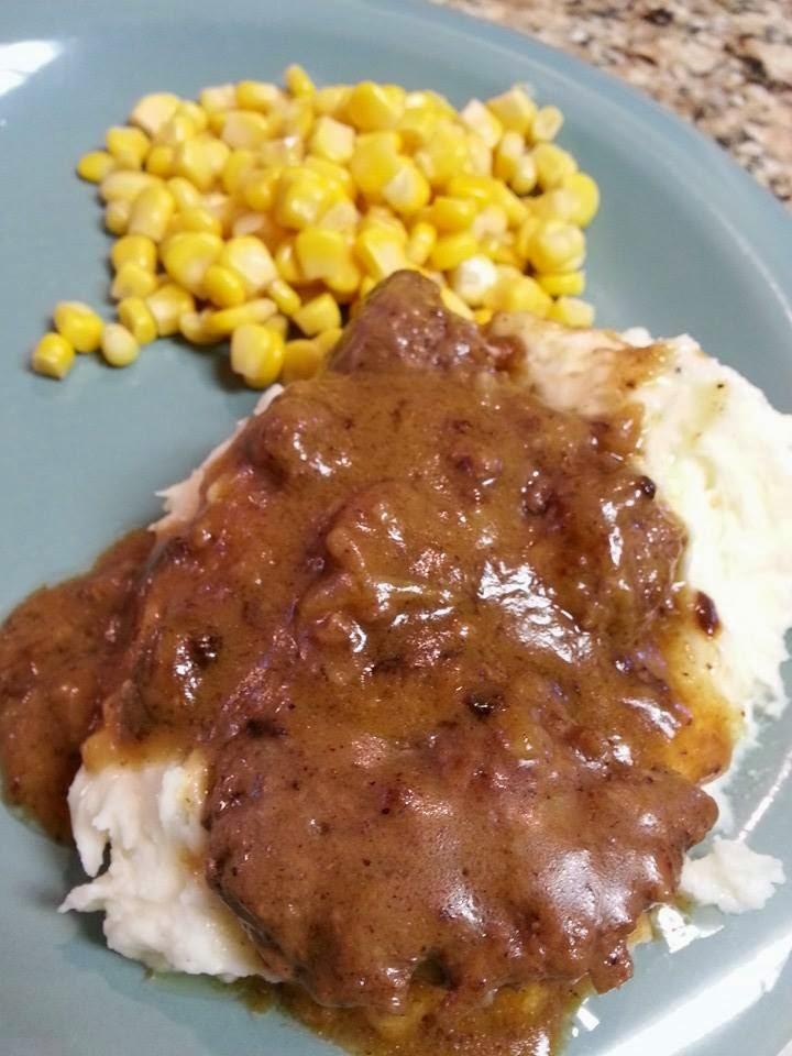http://sharingwithmysisters.blogspot.com/2014/08/hamburger-steak-and-homemade-brown-gravy.html