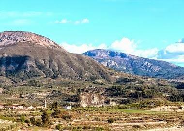 Vall del riu Zeta, Gorga, La Serrella i Aitana.
