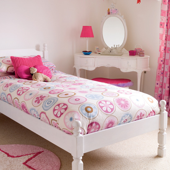 New Home Interior Design: Children's Room For Girl