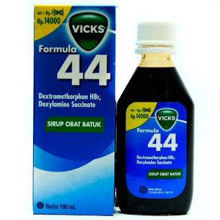 obat batuk vicks formula 44