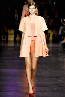 Freizeitkleidung und Anthony Vaccarello Cacharel - Paris Fashion Week Spring - Summer 2012