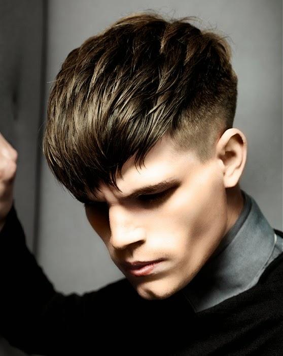 Corte de cabello con flecos adelante