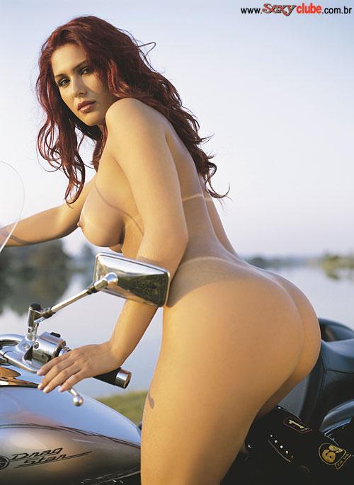 Livia Andrade Nua