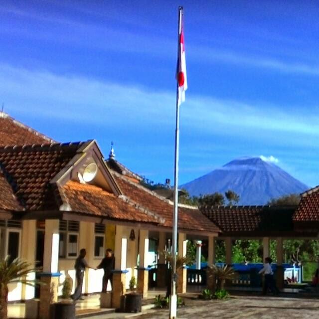 SMPN 2 Ampelgading Kabupaten Malang