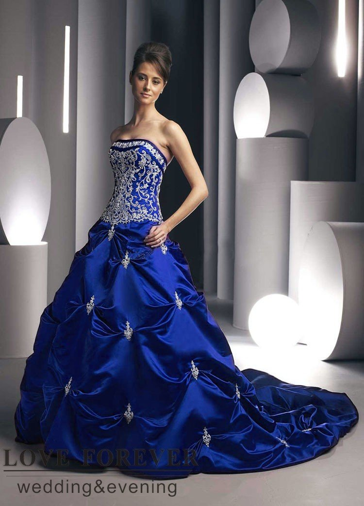 Navy Blue Inspired Wedding Gowns | Prom gowns and wedding bridal