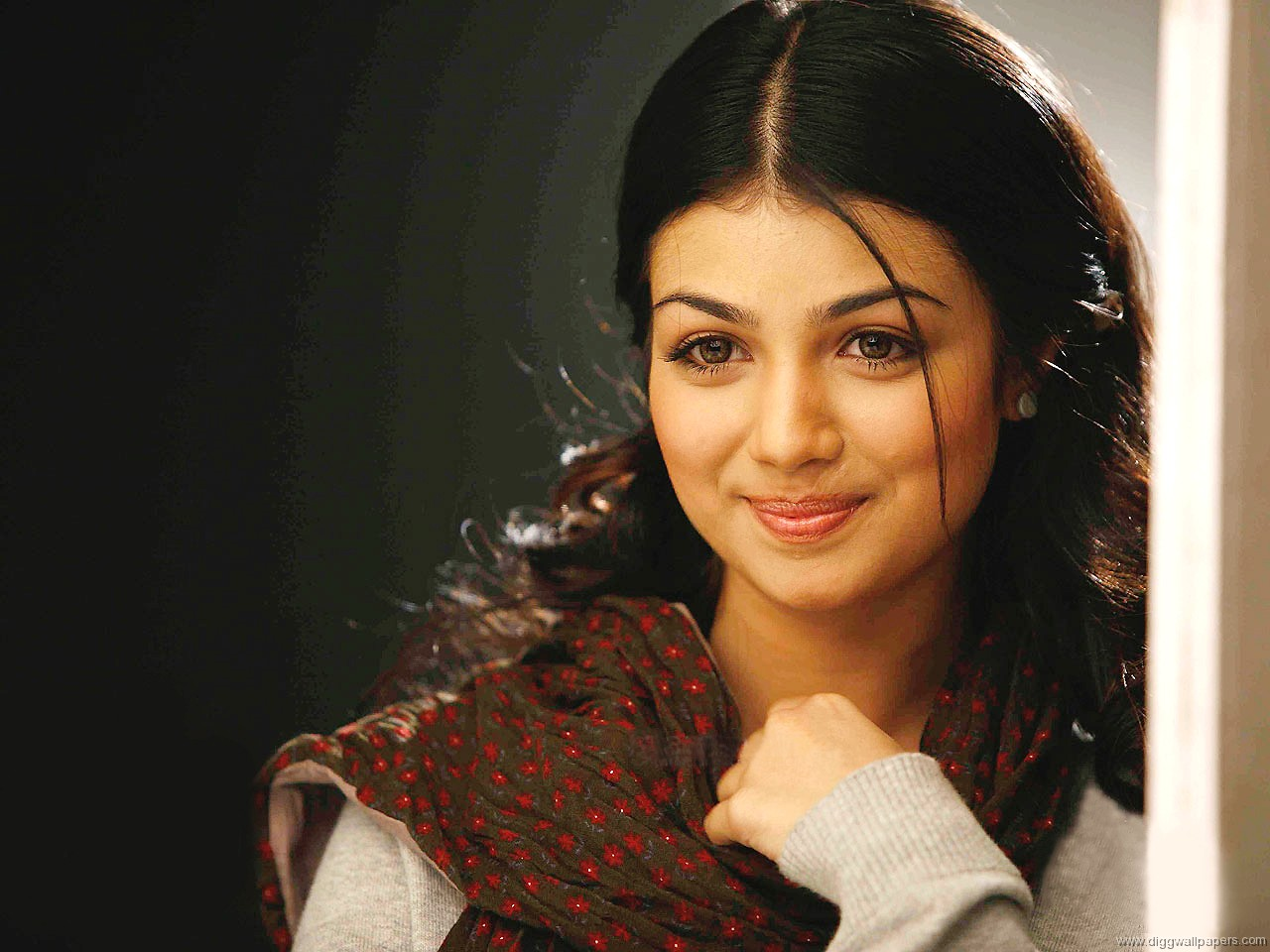HD Wallpaper Of Ayesha Takia