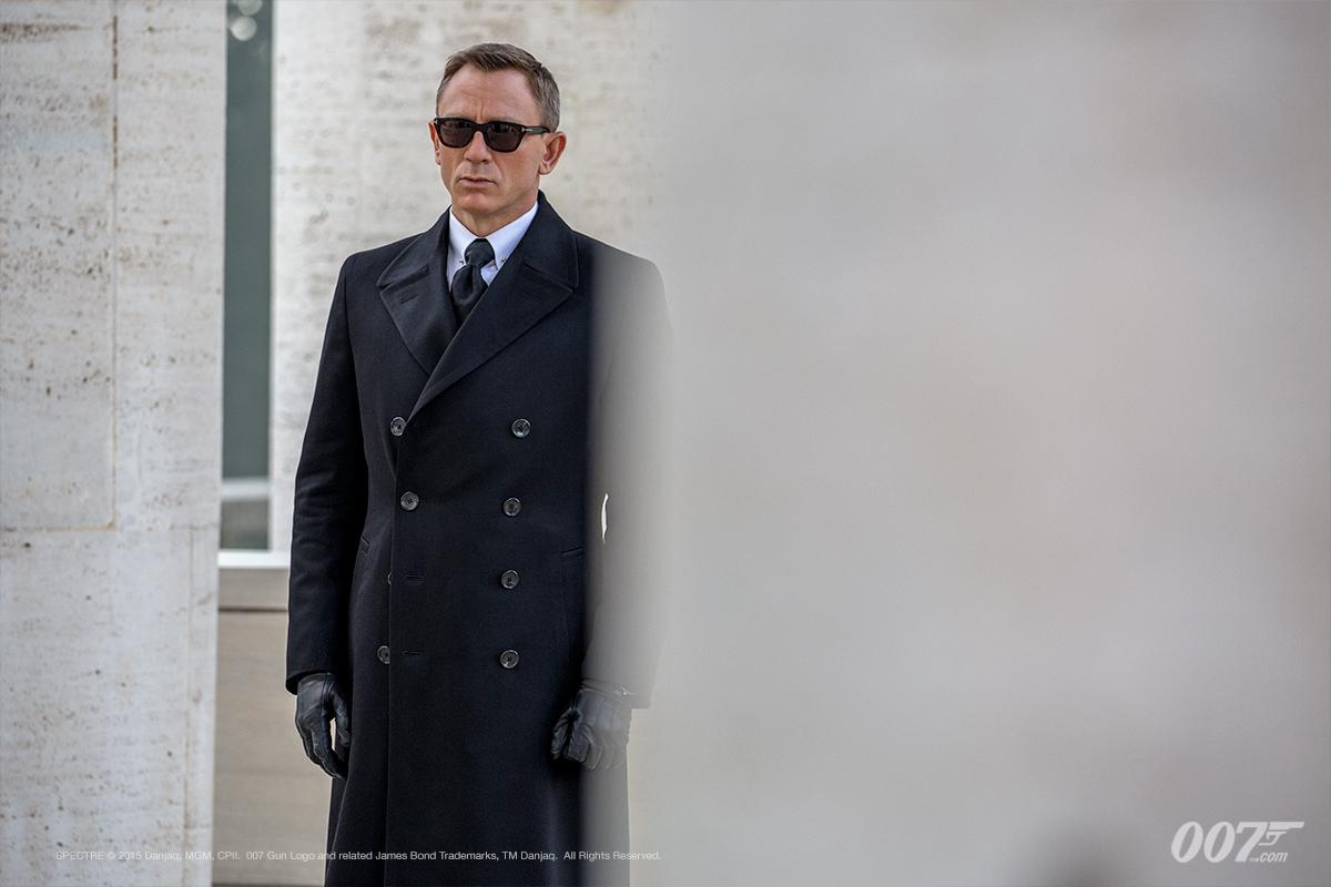 "british gq november 2015 cover + james bond's best looks in ""spectre"""