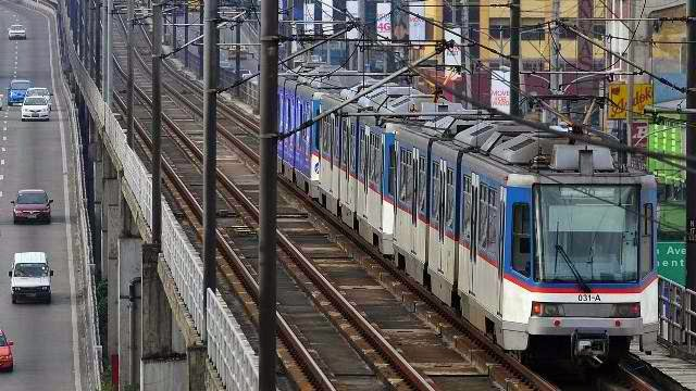 MRT photo by rappler