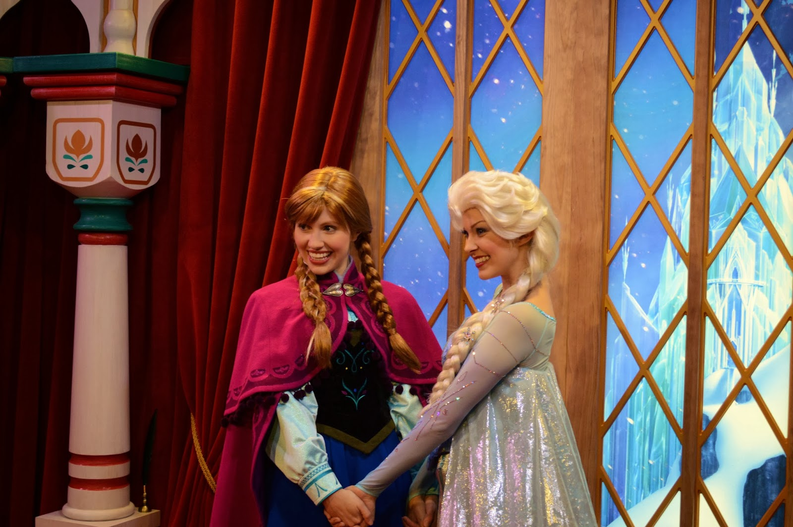 times to meet anna and elsa at epcot orlando