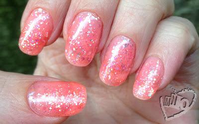 Laquee Rette 102 Gel Polish pink Glitter girly Cute