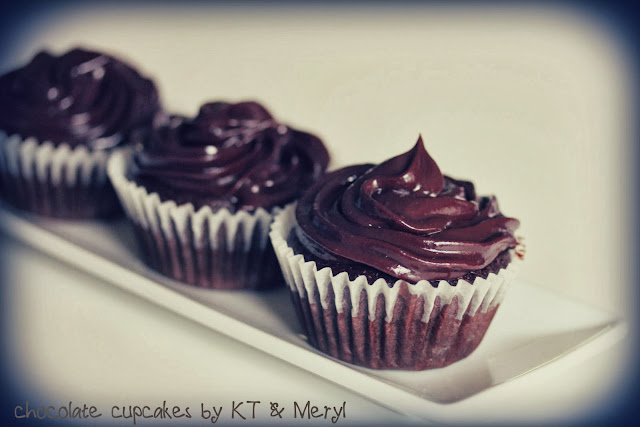 chocolate cupcake with ganache icing