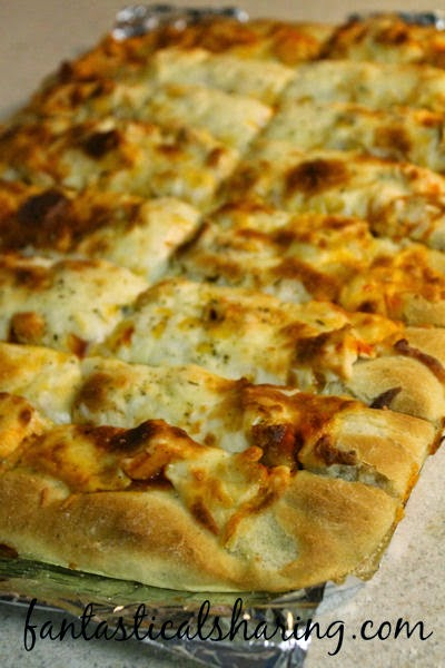 Buffalo Chicken Pizza Sticks | These simple ingredients will come together to blow your mind! #maindish #pizza #recipe
