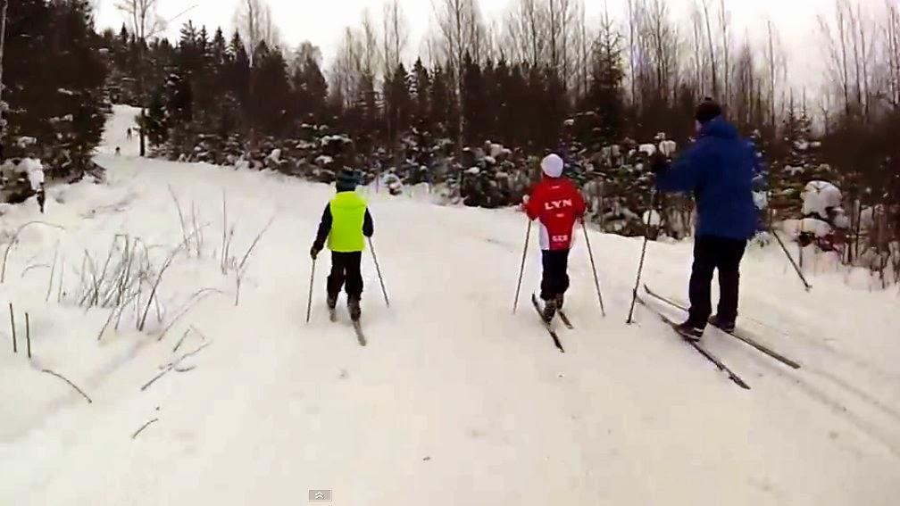 http://minituren.blogspot.no/2014/01/skitur-fra-fossum-rundt-lathusasen-i.html