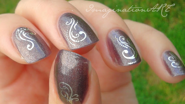 Catrice n°430 Purplelized swatches unghie smalto nail polish lacquer water decals