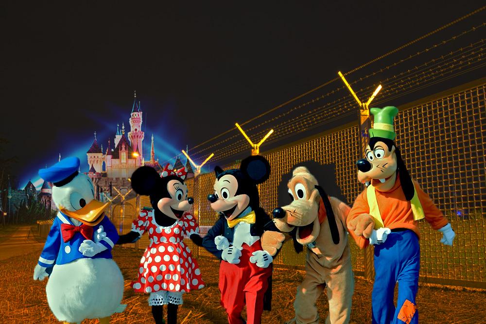 Cut night fence: animal rights free Mickey, Donald