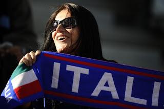 صور مشجعات كاس الامم الاوروبية 2012 صور مشجعات اليورو 2012