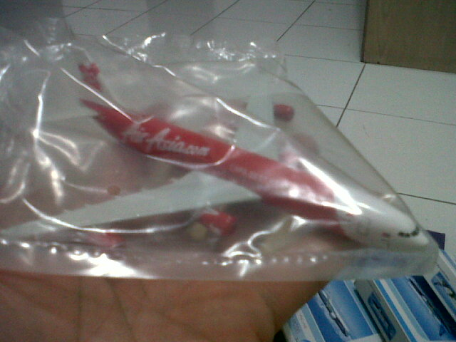Airasia - A380 (red)