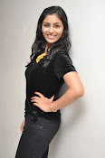 Kruthika at Vinavayya Ramayya press meet-thumbnail-11