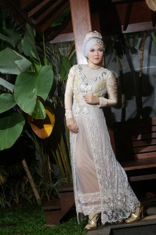 gaun pengantin muslimah simple