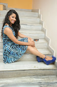 Sravya Reddy Latest Glam Photo shoot-thumbnail-18