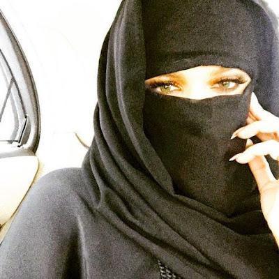Khloe Kardashian Wear Hijab and Veiled