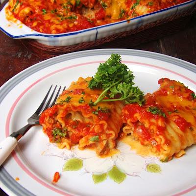 lasagna recipe easy, lasagna roll recipe, simple lasagna recipe, how to make a lasagna, lasagna pasta, lasagna roll up recipe