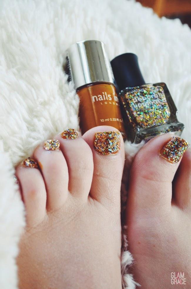 Glitter Holiday Nail Polish