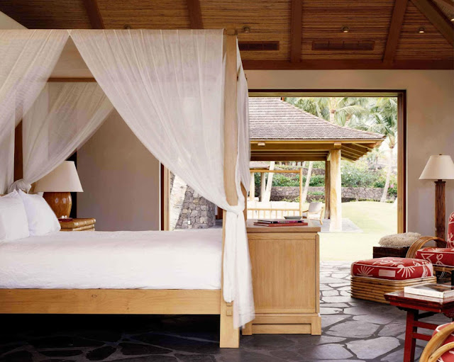 Tropical Cluster House Bedroom