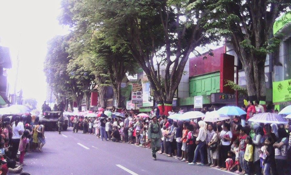 Karnaval pembangunan kota Magelang 2014